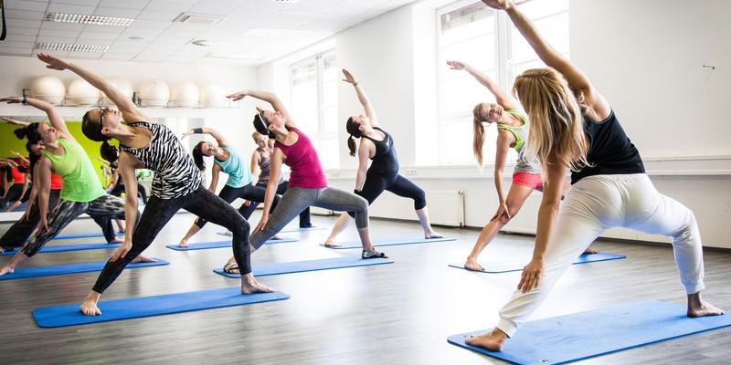 Групповые занятия в фитнес-клубе Сафия: силовые, кардио, гимнастика